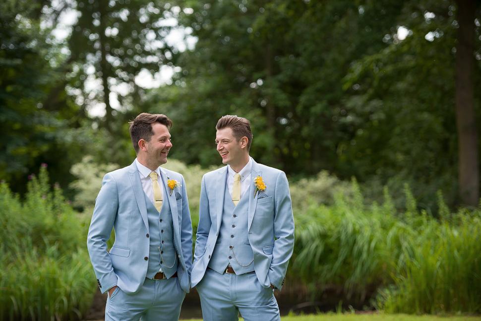 Houchins Farm Wedding photography-019