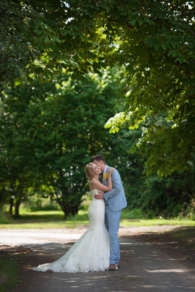 Houchins Farm Wedding photography-050