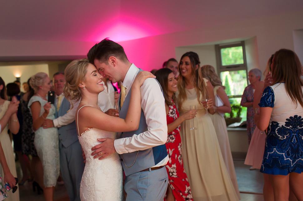 Houchins Farm Wedding photography-078