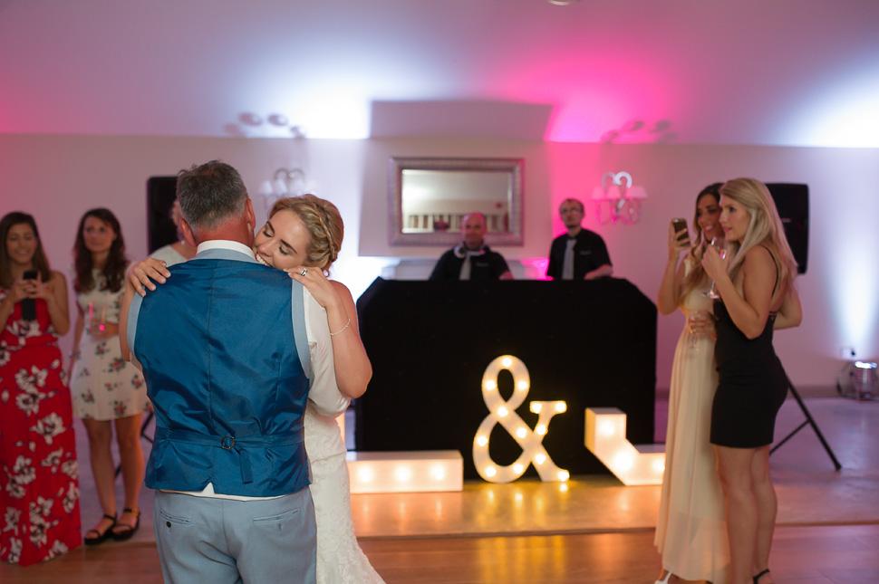 Houchins Farm Wedding photography-081