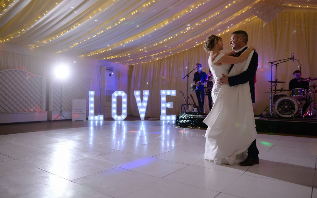 Christmas Wedding at Quendon Hall ~ Yvonne & Ben