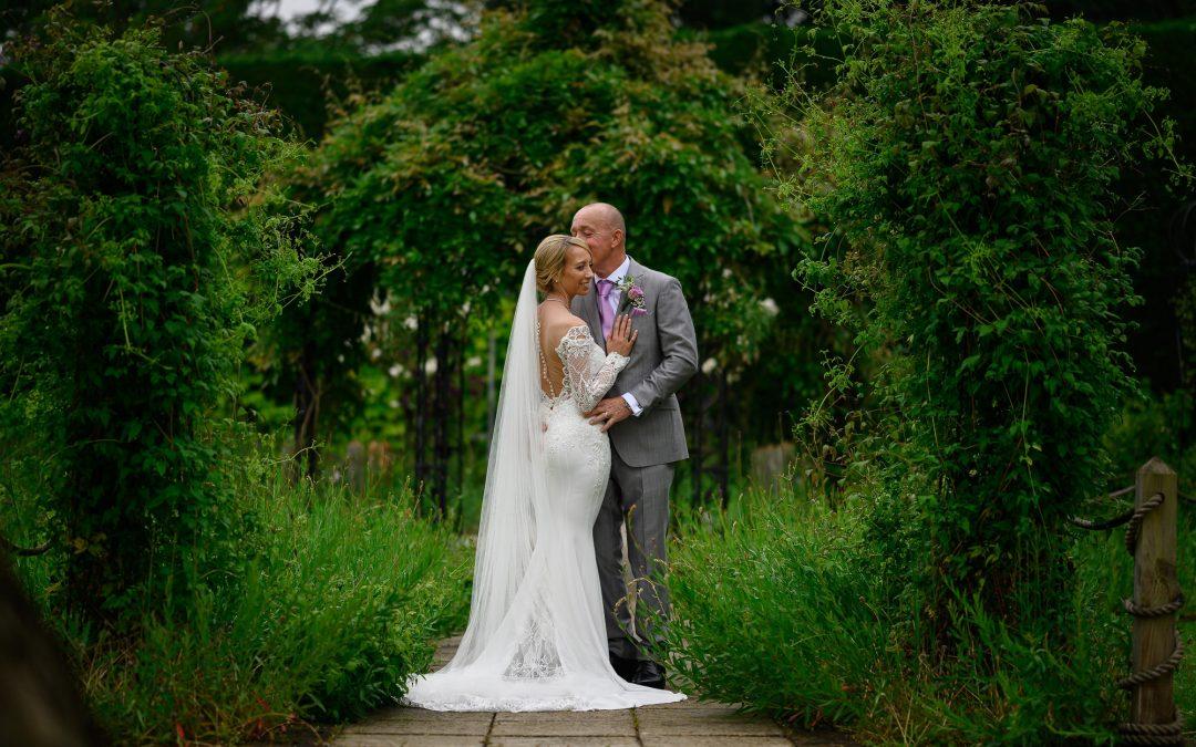 Gaynes Park Summer Wedding ~ Rob + Lynsay